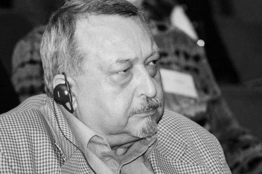 Zemřel zástupce ředitelky Centra PhDr. Jan Gebhart, DSc.